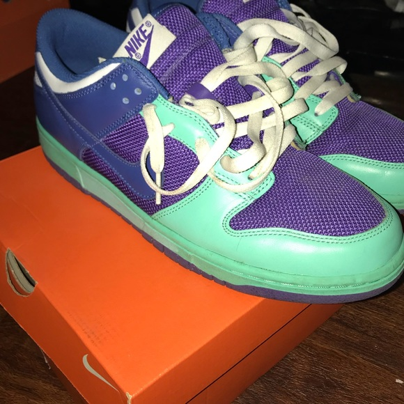 low cost e5510 5a597 WMNS Nike Dunk Low Size 12.........men's 10.5 - 11
